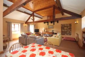 The Granary Apartment – Sleeps 6